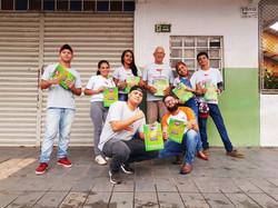 Ação de distribuição de Guias Informativos de porta em porta em Marabá e Parauapebas.