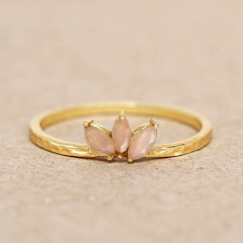 Ring Peach Moonstone Three Stones Leave