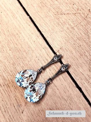 Ohrstecker mit Tropfenhänger versilbert, crystal