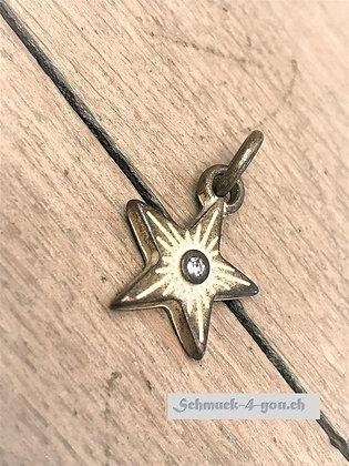 Star Sahara, Amulett S