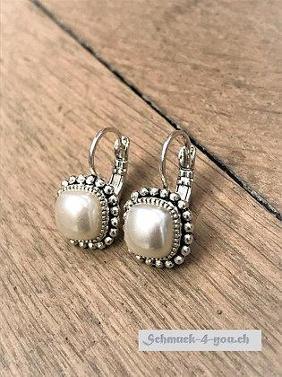 Ohrhänger Quadrat klein mit Perle