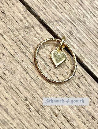 kleines Herz  im Ring vergoldet