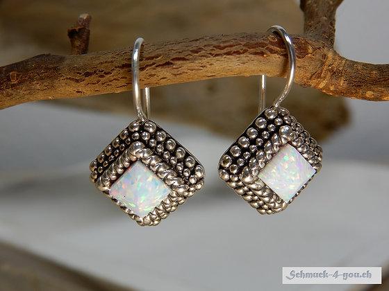 Steinkult - Pyramid Ohrhänger, Opal White, versilbert