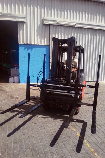 1013 Cascade Double Pallet Handlers
