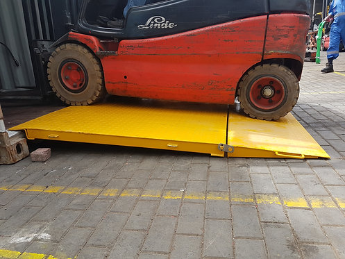 1079 Container Ramp