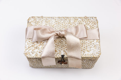 White WashSeagrass Storage Box with Lid