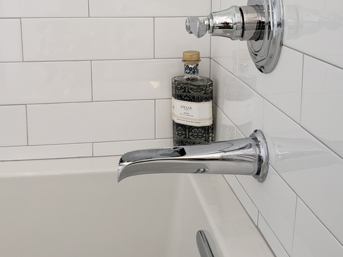 9d-completed-bathtub-closeup.jpg