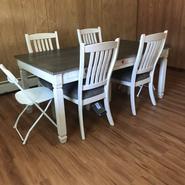 Lama's table