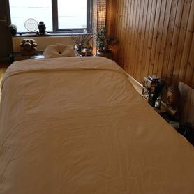 Massage_behandeltafelzeevanlicht.jpg