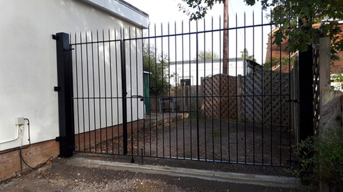 Personal Gate & Double Gate Railing