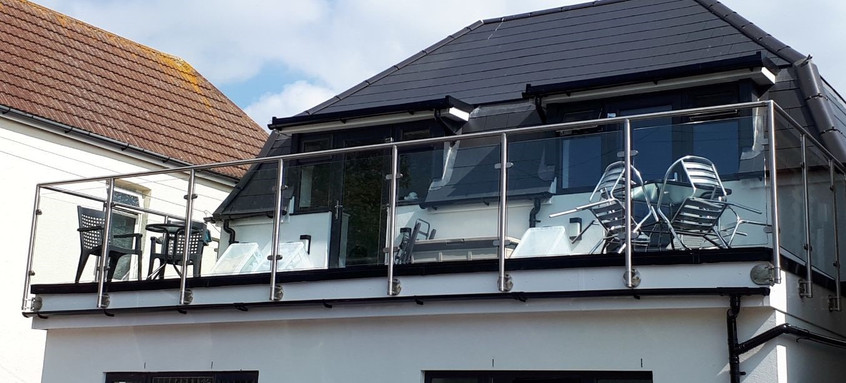 Glass and steelwork balustrade installation.