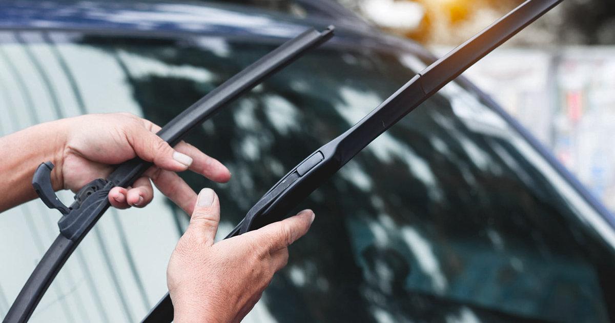 windshield wipers.jpg