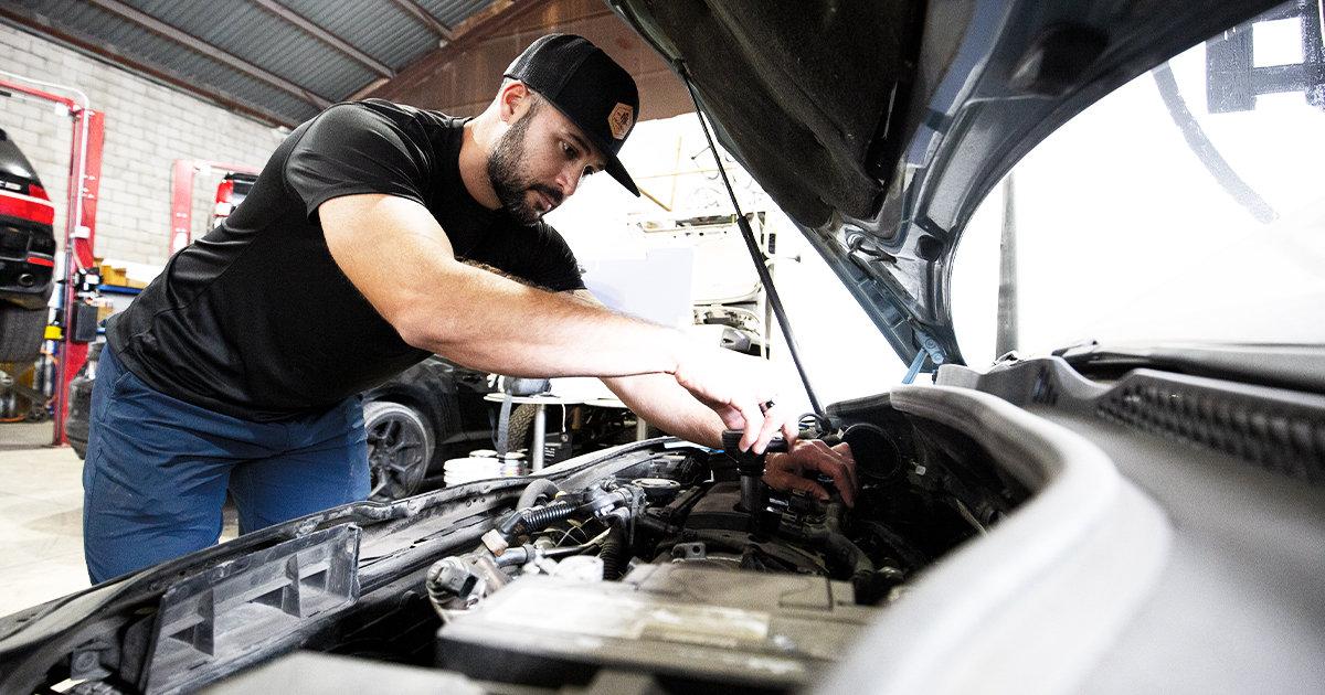 Engine performance G pulling spark plugs