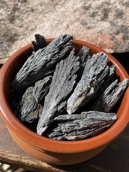 Black Kyanite Blade