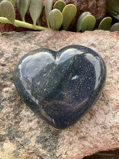 Lazurite Heart