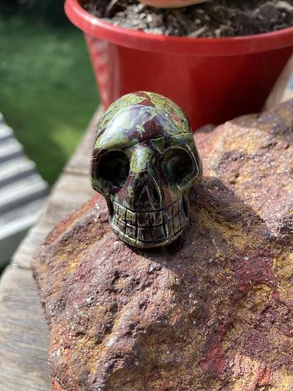 Dragons Blood Skull