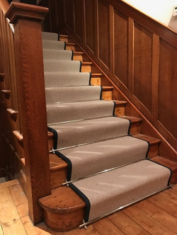 Oak Staircase With Pine Steps