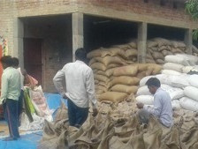 Learning to Work at Scale: The Elusive Ease of doing Business in Rural India