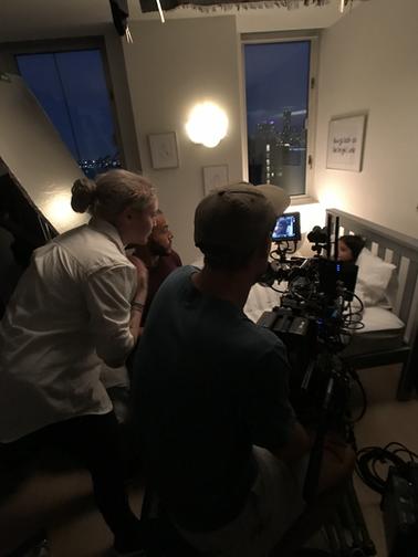 On set: Gets Good Light