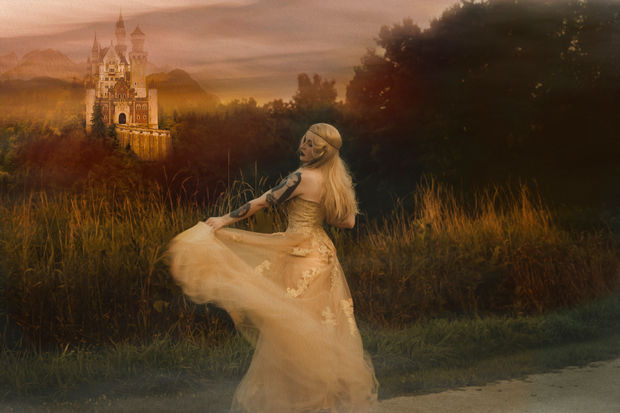 Princess Harlow House Photo Fantasy Photography