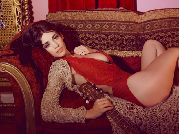 OLIVIA HARLOW (2).jpgvintage fashion pinup photography maxim model playboy model