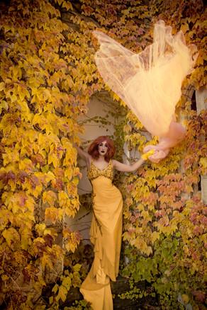 Harlow | Chicago | Fine Art Fantasy Photographer of fine art portraits & Painterly photographs