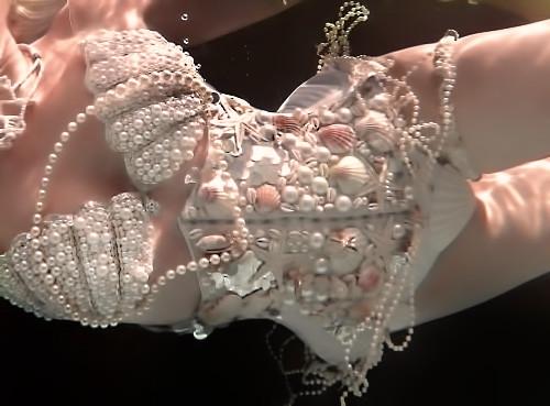 Mermaid Skincare Glowing skin Pearls