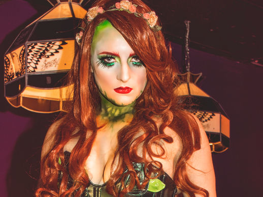 Harlow Pinup Harlow House Photo Chicago Naperville Fine Art Pinup cosplay poison ivy