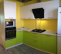 кухня зеленая недорогая на заказ во Влад