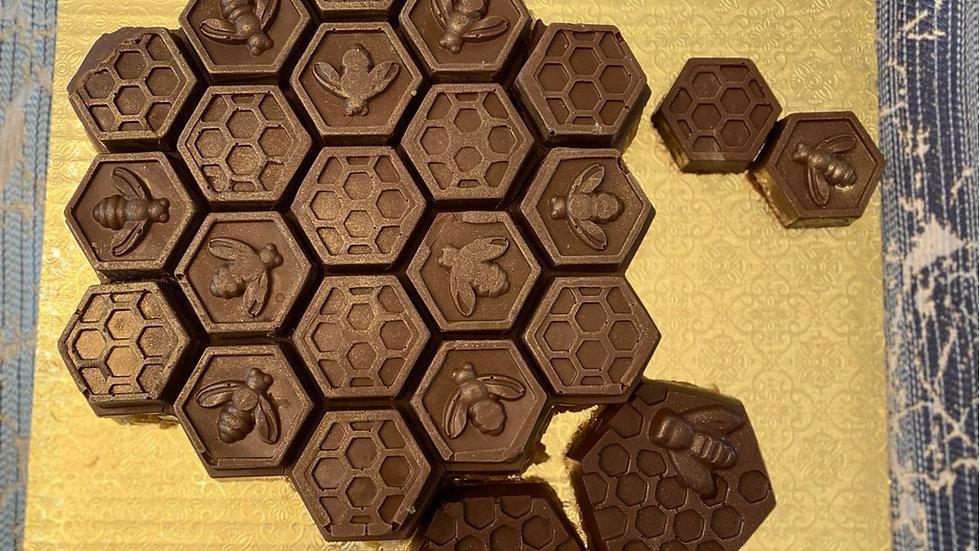Honeycomb peanut chew