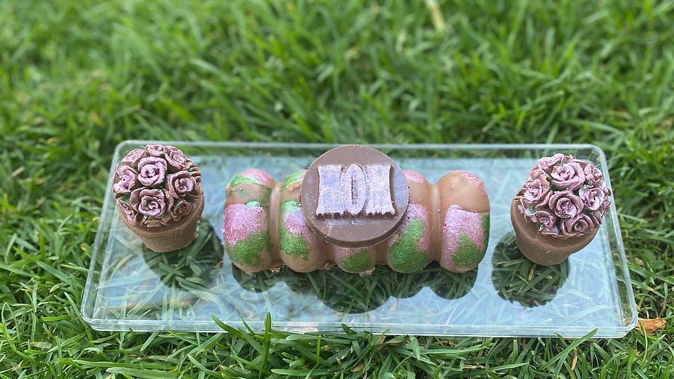Mom topiary chocolates