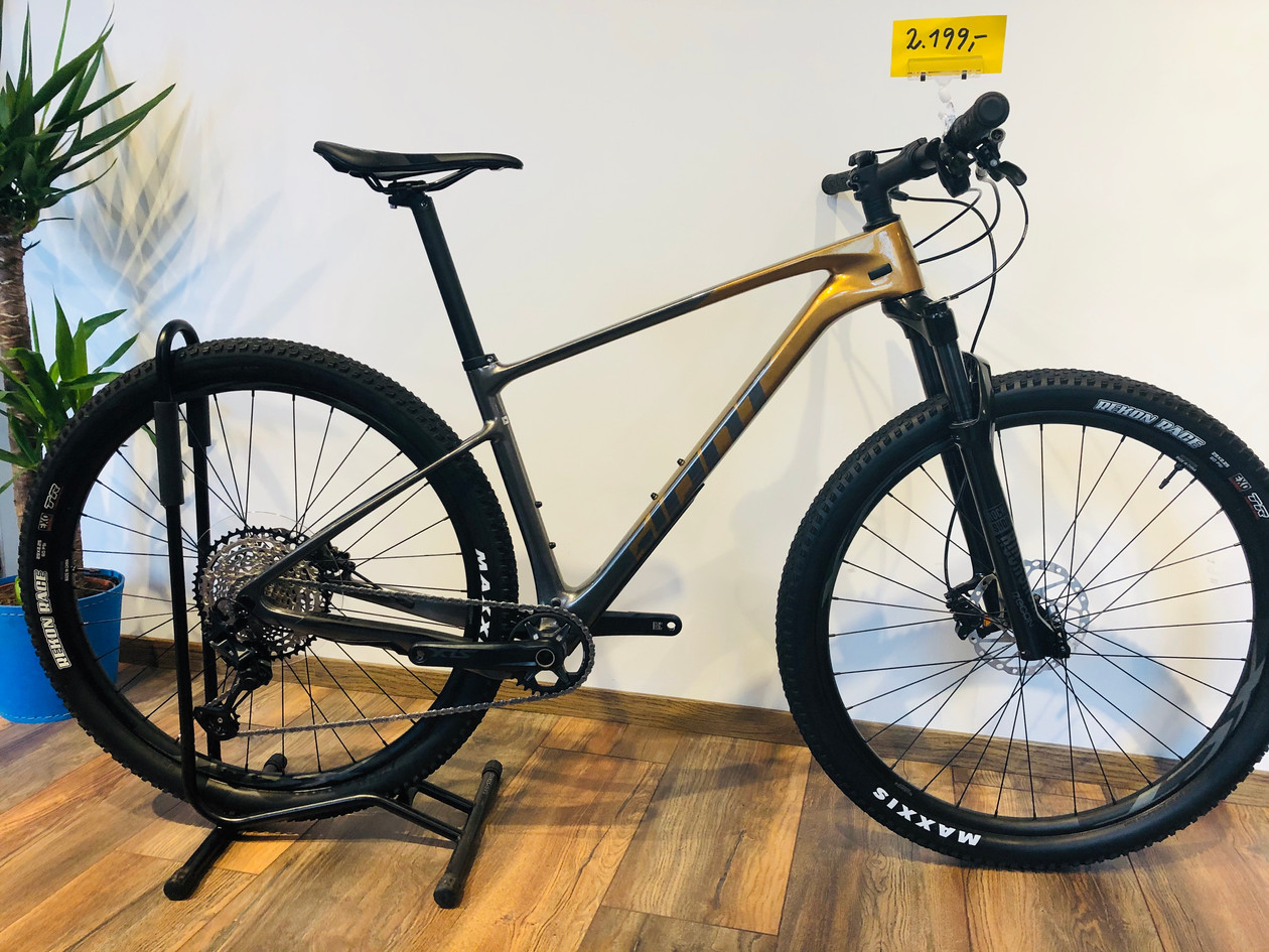 Giant XTC Advanced 2 in 29""