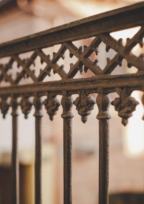 Reduced_Almaranto Balcony railing 4E0A99