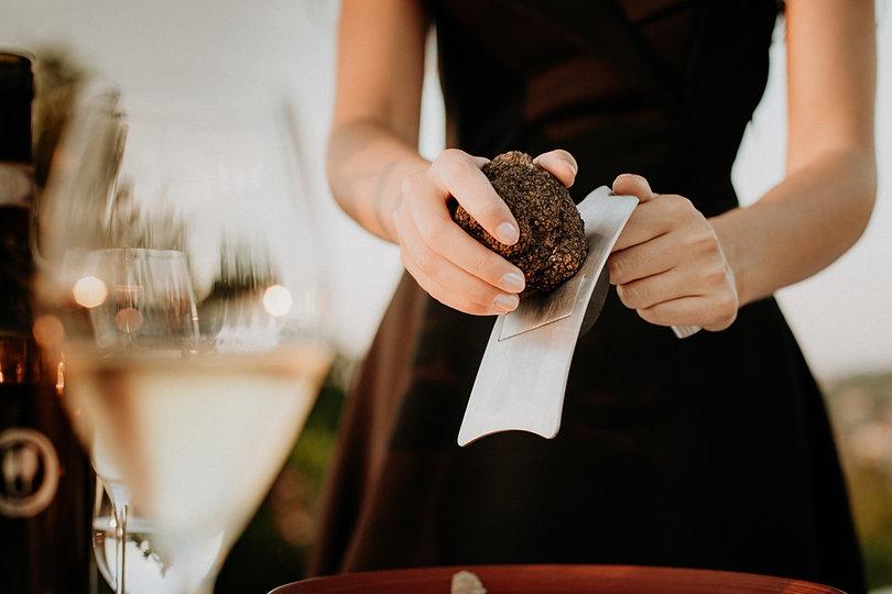 Almaranto black truffle 116.jpg