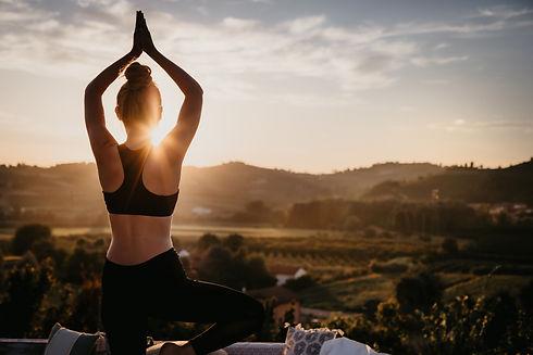 Almaranto - 111 Yoga lores.jpg