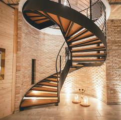 Anima Lounge & Bistro Calamandrana staircase