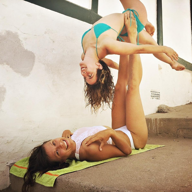 AcroYoga workshop with Didi (Spain) & Lucie (Germany)