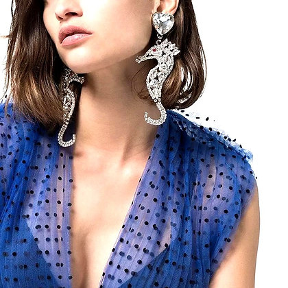 Lovely Boutique Crystal Seahorse Charm Drop Dangle Earring