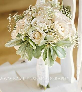 all white bouquet.jpg