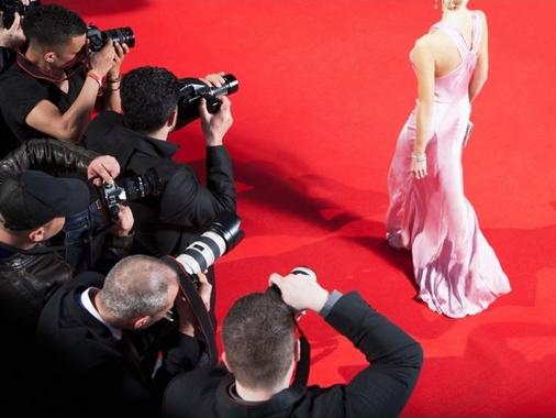Conheça quatro celebridades bilíngues