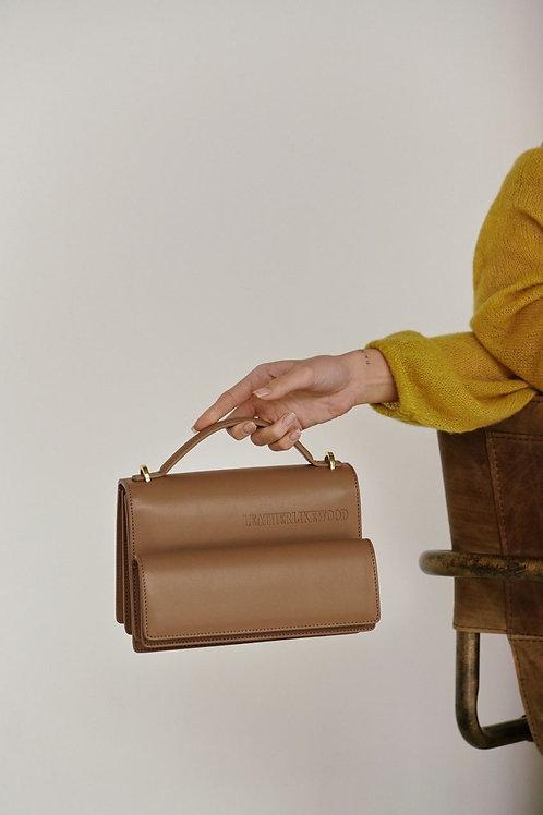 Accordion bag / color almond