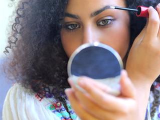 Eye Brow Booster - der Weg zu voluminösen Augenbrauen