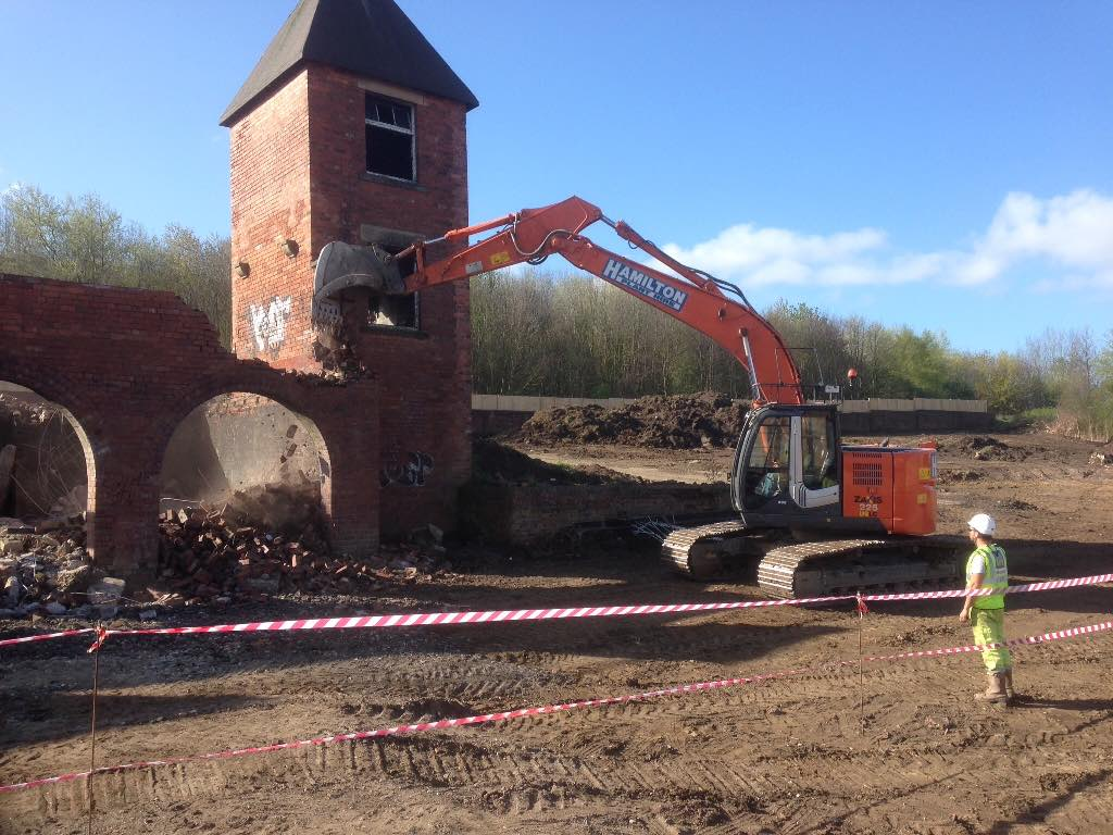 DEMOLTION & SITE CLEARANCE