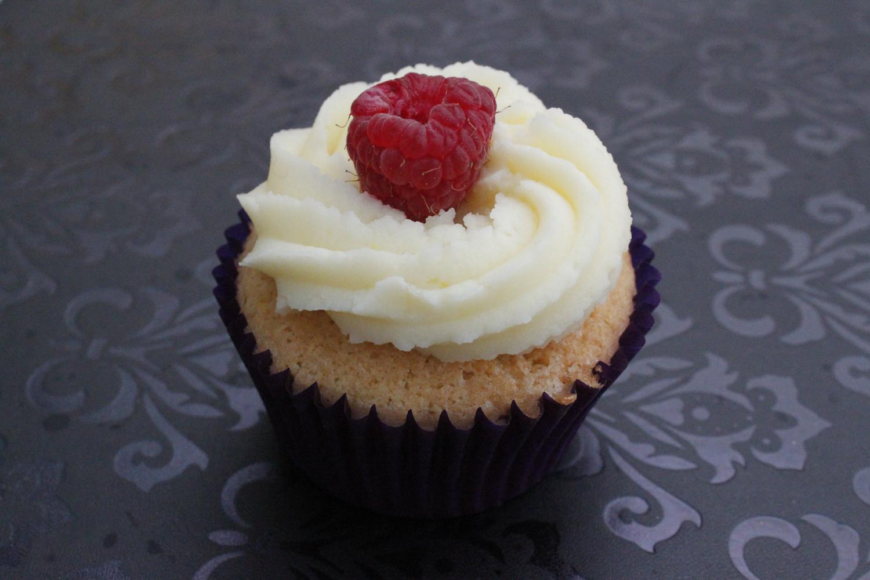 raspberry-cake_8605749762_o