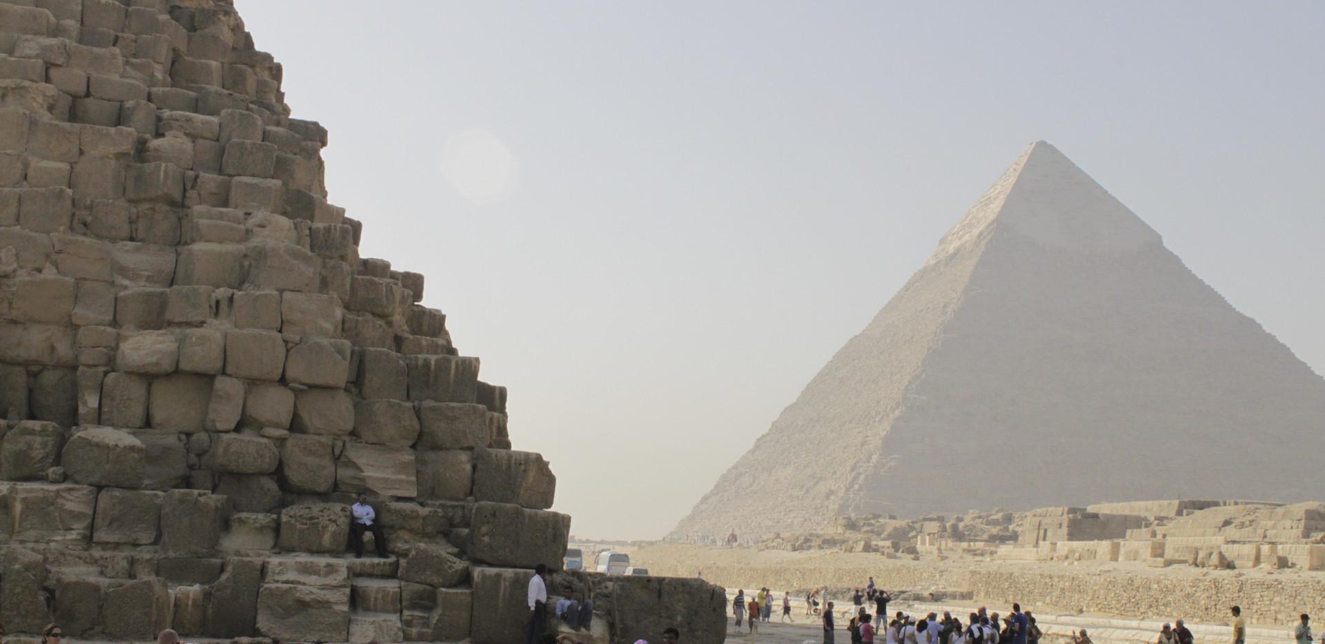 pyramids-of-giza-egypt_13873691184_o.jpg