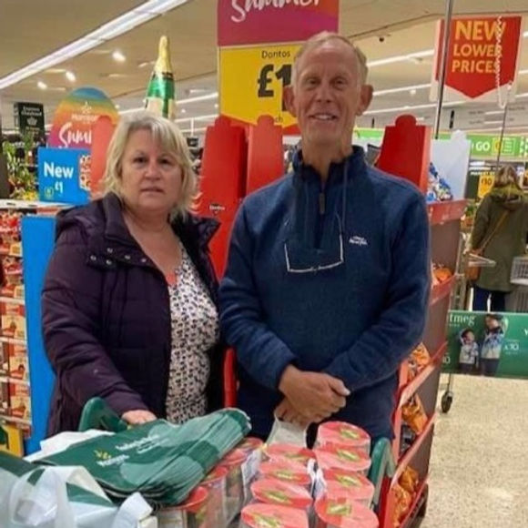 Morley & District Lions Supporting Foodbanks