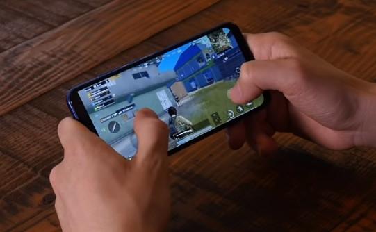 En Ucuz Telefon Modeli Casper VIA G4 modeli.