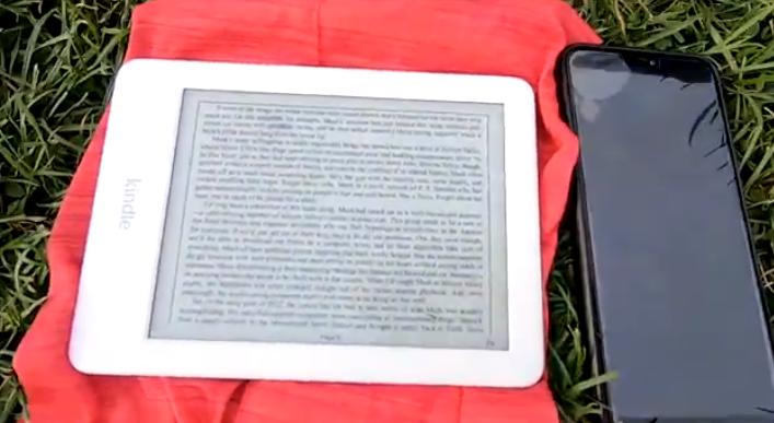 Amazon Kindle Paperwhite (10. nesil) En iyi e-kitap okuyucu Amazon'un devasa e-kitap kitaplığına uygun bir fiyata erişim, Paperwhite'ı okumak için en iyi adanmış cihaz yapar.
