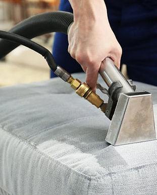 Benefits-of-Expert-Upholstery-Cleaning.j