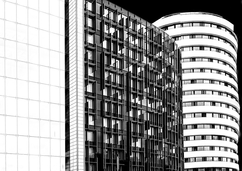 MONO - London Black & White by Helen Honeyman (12 marks)